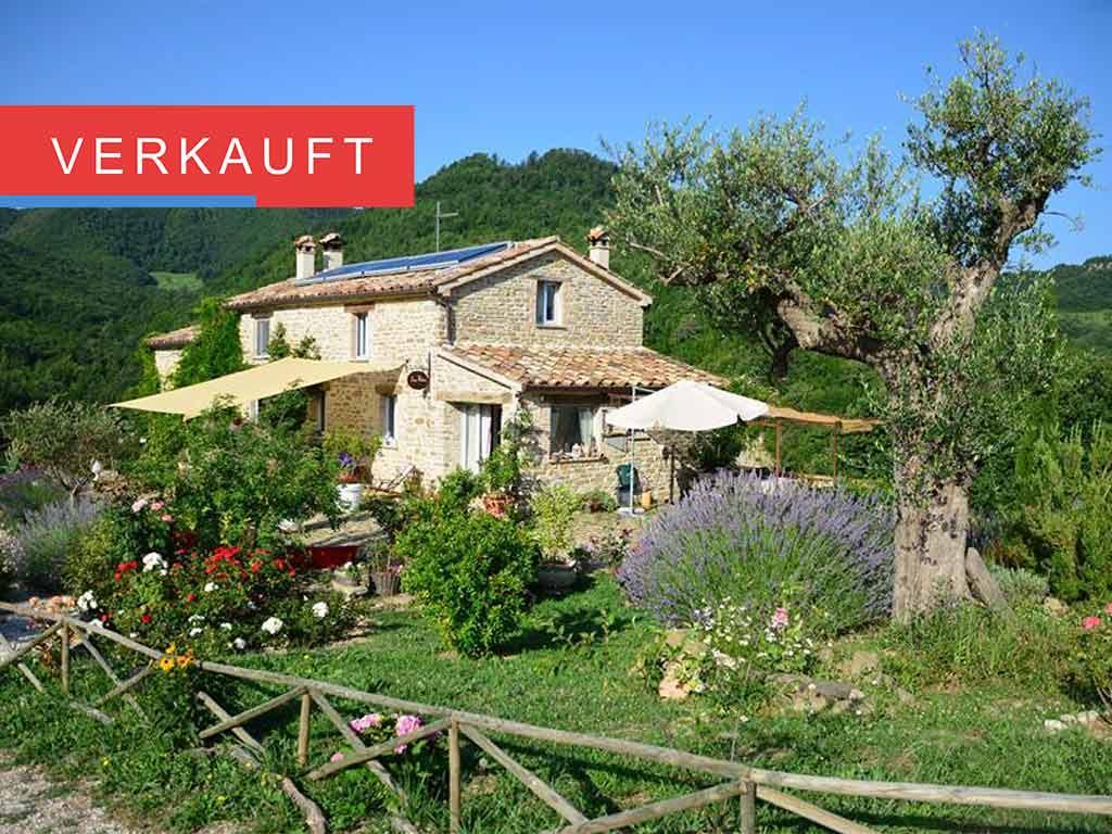 Traumhaftes idyllisches Einfamilienhaus mit großem Grundstück und Terrassen